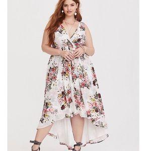 Torrid Surplice White Floral Chiffon Dress
